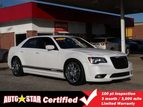 Pre-Owned 2014 Chrysler 300 SRT8